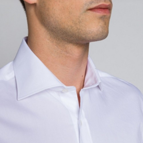 Chemise Pinpoint, coupe slim, à revers, col italien, blanc